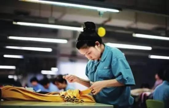 传统工业化提前10-15年结束!