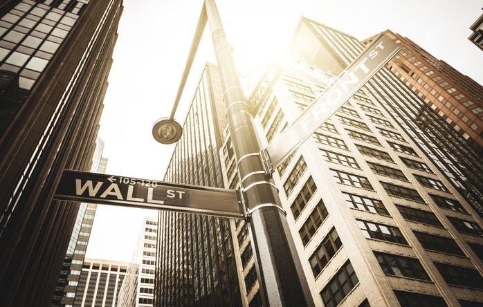 散户围攻华尔街,美股最后的疯狂