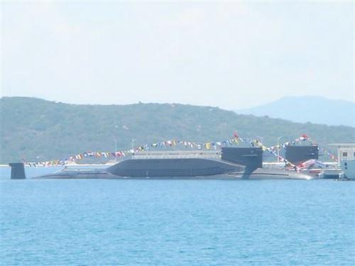 网上流传的中国094核潜艇-毁灭性打击 中国军方突然宣布了这一个消息...