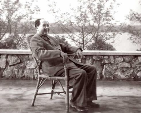 毛泽东的诗词有哪些_汪建新:毛泽东诗词的时代价值与现实意义组图