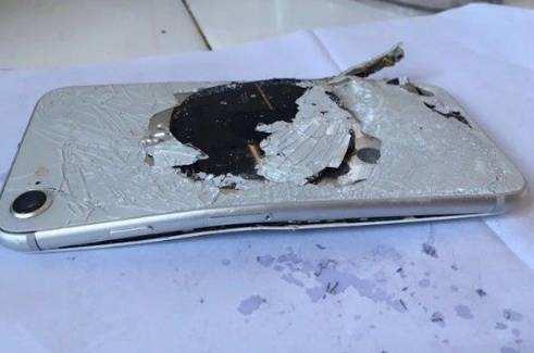 """""""爆""""款iPhone8将极大影响iPhoneX销量"""