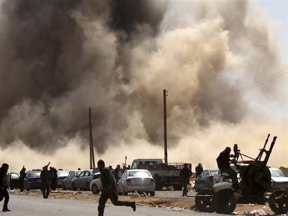 2014利比亚最新局势_利比亚最新局势:利比亚内战(组图)