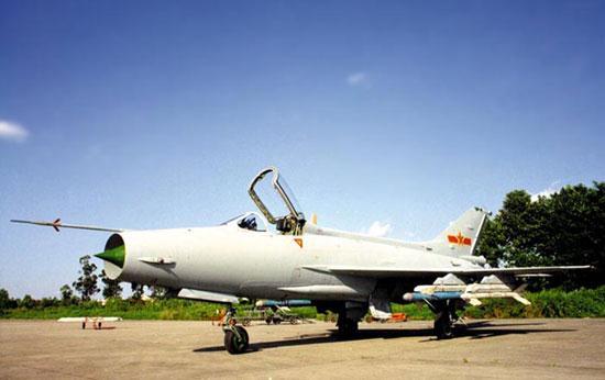 俄美军工的后遗症:中国空军歼18战斗机最新飞